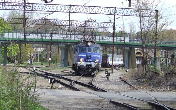 W drugi weekend majowy dojedziesz do Ustki pociągiem – zobacz rozkład PKP