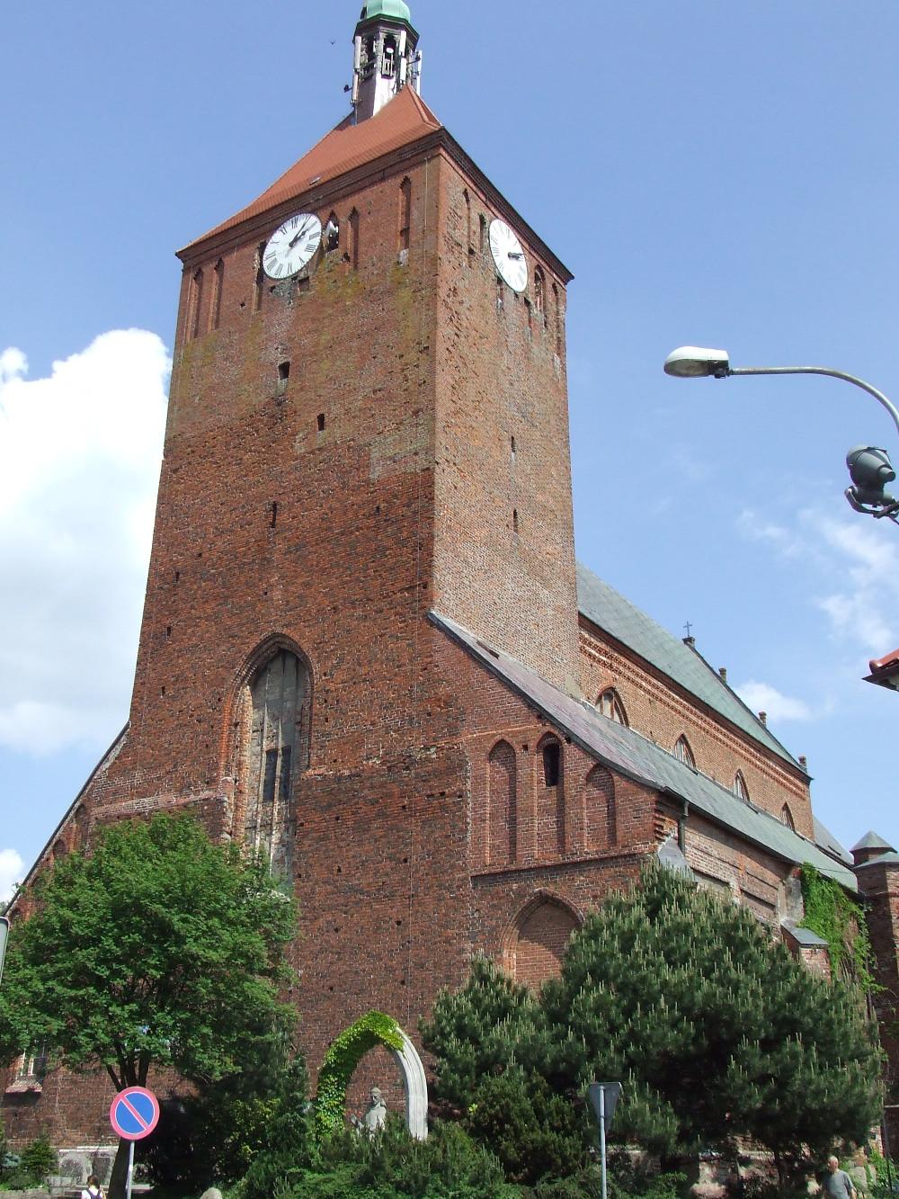 Kościół Mariacki w Darłowie, czerwiec 2016.