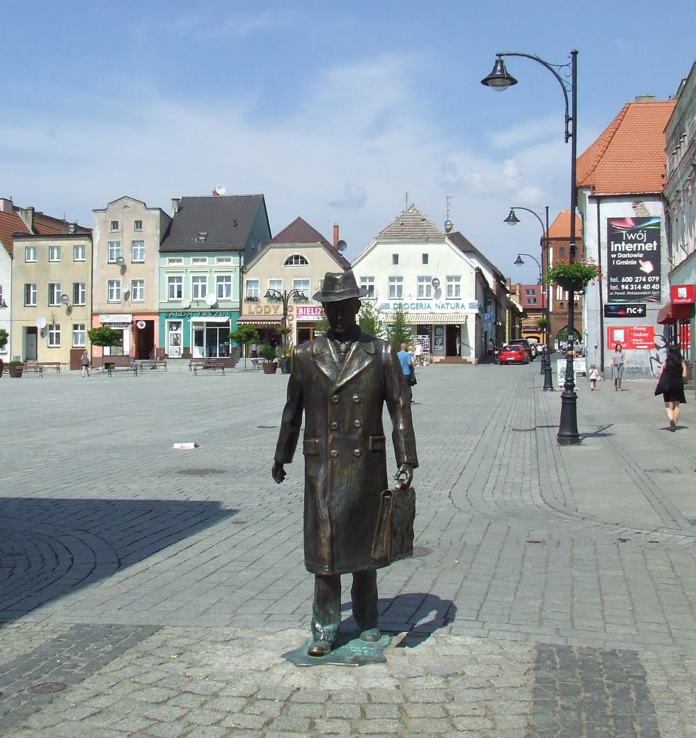 Pomnik Stanisława Dulewicza w Darłowie, czerwiec 2016.