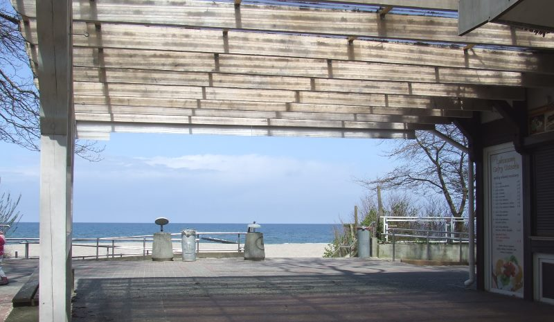 Noclegi w Ustce blisko plaży – hotele, pensjonaty, apartamenty